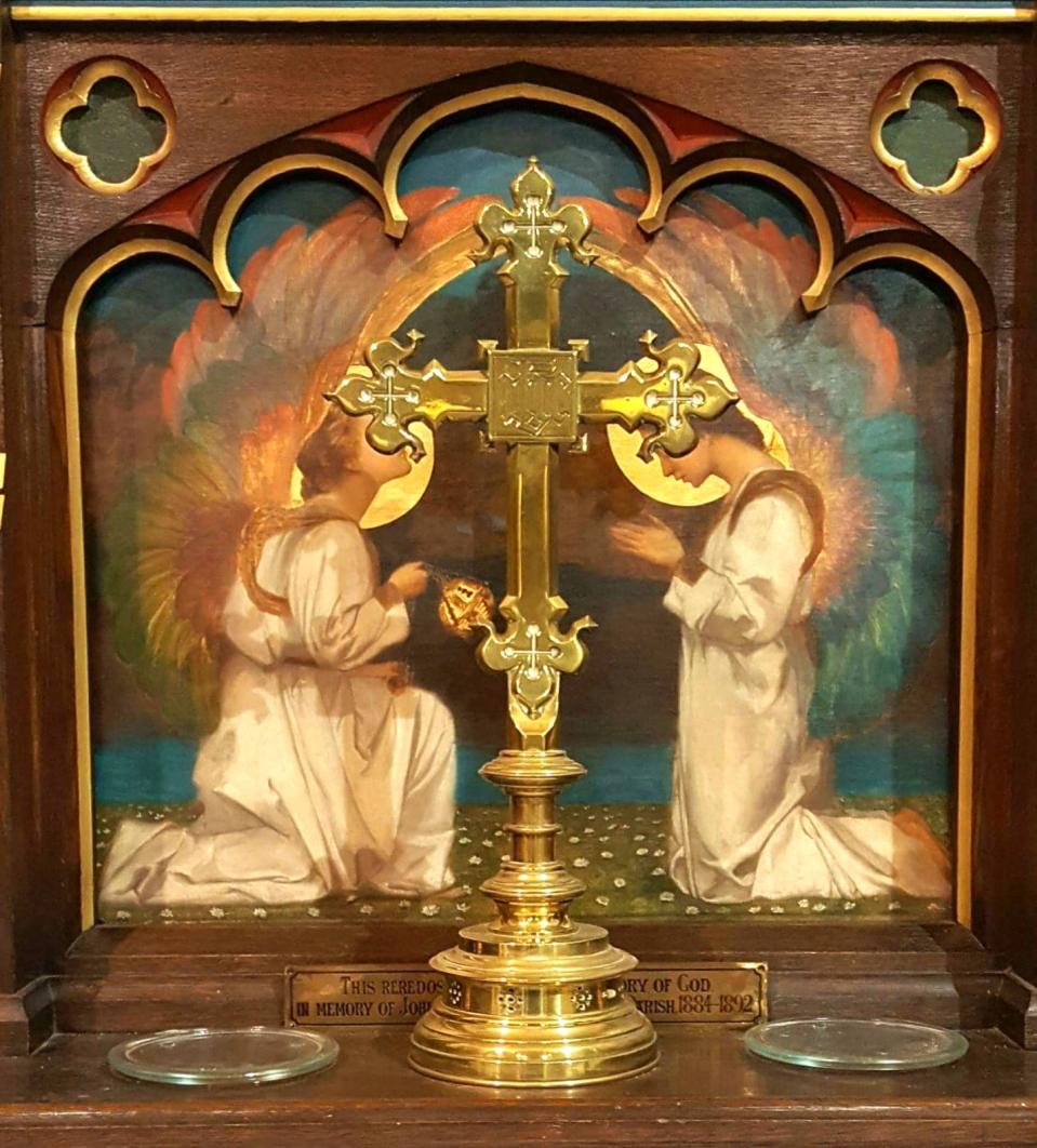altar-cross