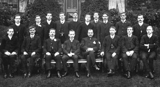 Ossett_Group_1911